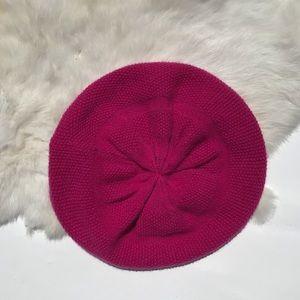 Never 2 Late Cashmere Moss Stitch Beret Cranberry